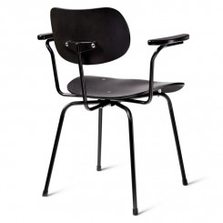 SE68 ARMCHAIR, BLACK, POWDERCOATED BLACK FRAME, PLEASE WAIT TO BE SEATED
