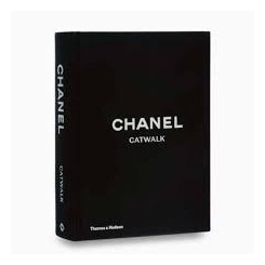 CHANEL CATWALK BOG, COFFEE TABLE BOOK, NEW MAGS